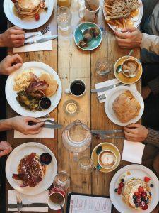 restaurant-food-on-table